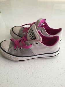 Girl's grey Converse. Size 13 Kitchener / Waterloo Kitchener Area image 2