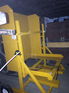 Mechanical Bulk Loader (bin dumper)
