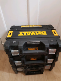 DEWALT 18V CORDLESS TWIN HAMMER COMBI DRILL+IMPACT DRIVE +3X CASES