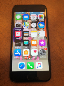 IPHONE 7 32 GB BLACK UNLOCKED COMES WITH EVERYTHING