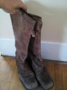 Womens size 9 Boots, Prada, used