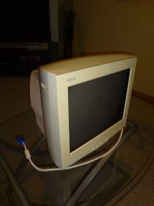 "Computer monitor - Acer 17.00 "" Windsor Region Ontario image 1"