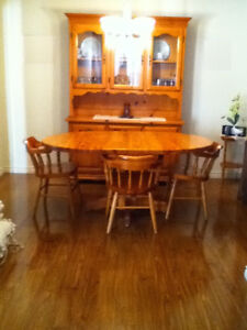 Real Pine Hutch and Dining Room Table with Chairs