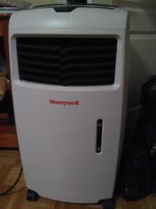 Honeywell CL25AE Evaporative Cooler