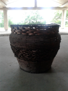 Large Wicker planter 18 inch diam.