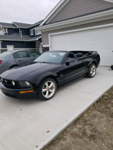 Ford Mustang GT convertible 86,000kms