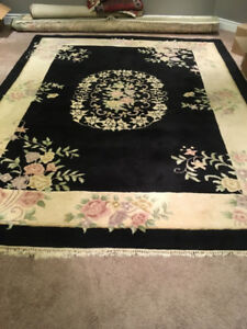 Black and White/Floral Indo-Persian Hand Woven Rug