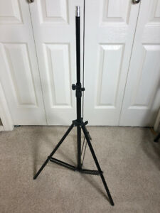 Light duty photography stand
