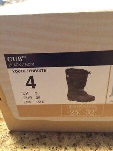 Brand New Sorel Boots - Size 4 Peterborough Peterborough Area image 3