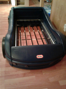 $65 LITTLE TIKES car bed