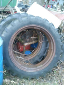 Pair of 11 34 tires