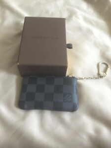 Louis Vuitton Damier Graphite Key Cles / Coin Pouch Kitchener / Waterloo Kitchener Area image 2