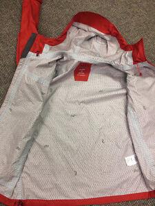 Men's Mountain Hardwear Plasmic Ion Jacket - Rain/Shell Jacket Kitchener / Waterloo Kitchener Area image 3