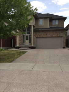 Beautiful house in Ancaster Meadowlands