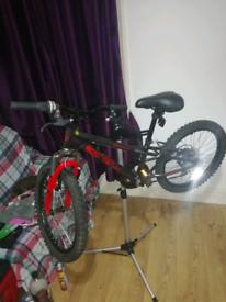 Apollo spider bike