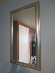 Miroir biseauté fabriqué à Montréal.