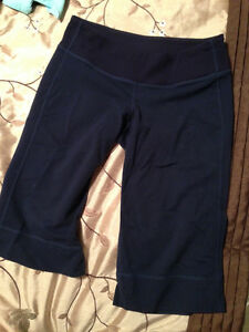 Lululemon Clam Digger Navy 4