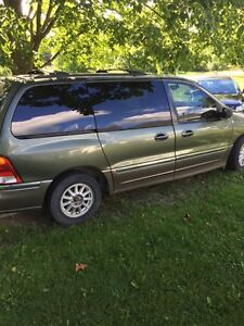 2003 Ford winstar mini van