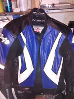 Small Ladies Leather Motorcycle Jacket (size 6) . Boots also Avl