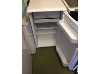 reconditioned hotpoint fridge
