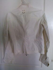 Mabrun Women's white fall jacket Size 44 XS New with tags London Ontario image 6