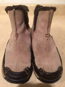 Women's Lands End Insulated Slip-On Boots Size 8 London Ontario image 6