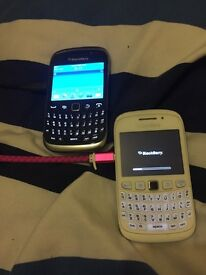Two Blackberry Curves 9320 UNLOCKED WITH CHARGER