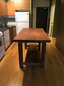 Artemano Kitchen Island Table
