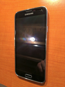 Samsung Galaxy S5 (Bell) - Like new condition