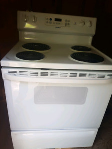 30 inch Moffat Stove Self cleaning oven