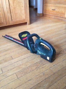 Yardworks hedge clipper no battery