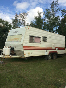 Travel Air Holiday Trailer
