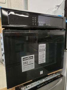CLEAROUT - New 30 inch WALL OVEN - Convection