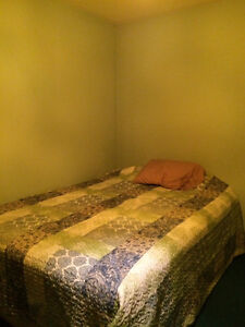 Room for rent south side $500