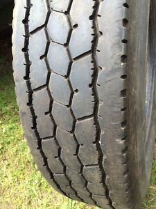 Michelin XDA3. 11R22.5. Tire. Pneu. Truck. Trailer