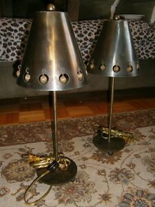 UNIQUE BRONZE METAL TABLE/MANTEL LAMPS