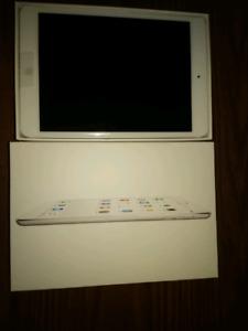 IPad Mini 2 wifi 32 gb new in box