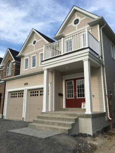 New detached 4 Bedrooms 4 bathrooms in North Oshawa