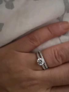 Swarovski ring set just for 120$