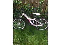 Girls bike approx age 6-10
