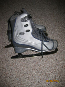 Reebox Figure Skates