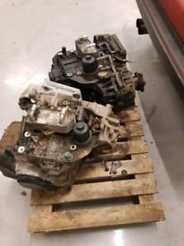 """""""2"""" Dsg """"6"""" speed automatic gearboxes from a diesel engine."""