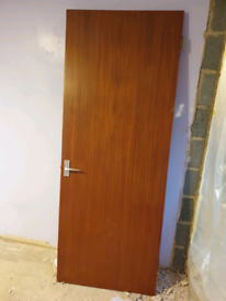 Free - 2x brown hollow wooden doors