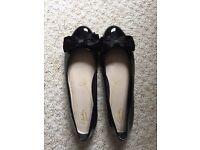 Black pumps Size 7