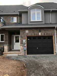 Townhouse for rent in Stoney Creek/Winona Fifty Road and QEW