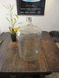 Bouteille d'eau en vitre 18L antique/ Glass carboy 18L