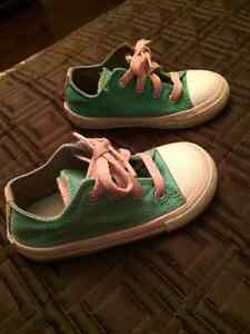 Stylish Lil Girl Size 8 Converse All Star Shoes
