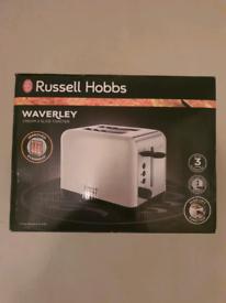 Brand new Russell hobbs waverley cream 2 slice toaster