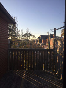 $800 for bright clean room in newly renovated house