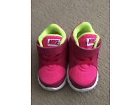 Nike Trainers Toddler size 3.5 UK